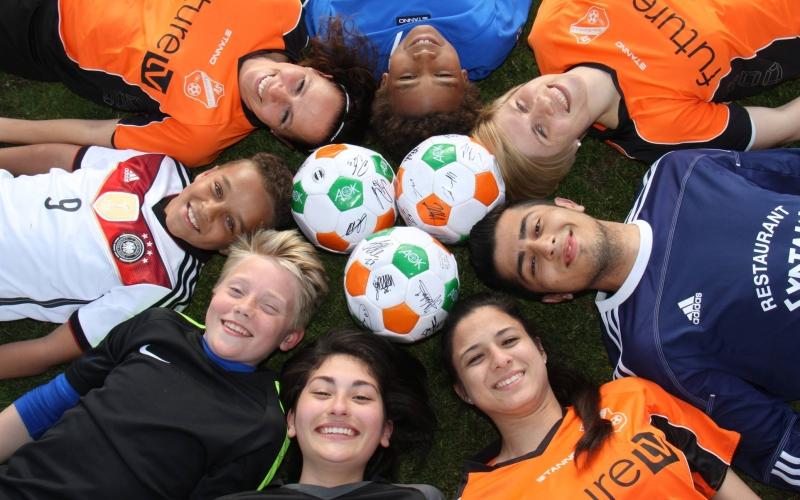 AOK-Fußballtag für Vielfalt und Toleranz