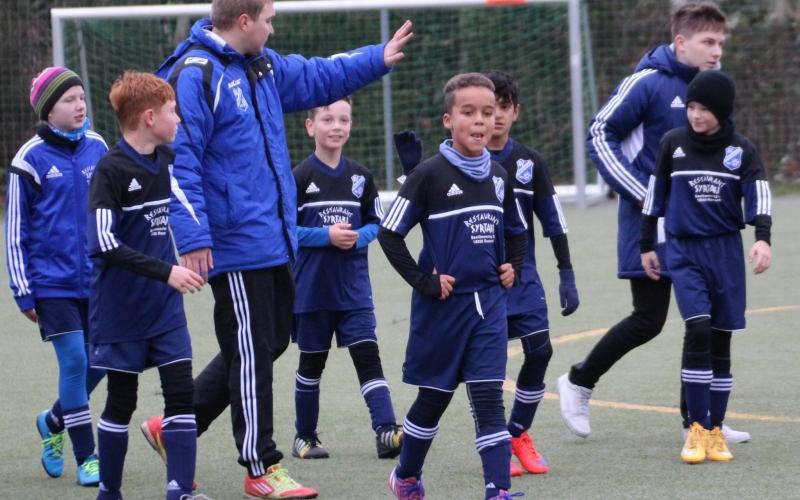 Hafen E1-Junioren beim Rostocker FC