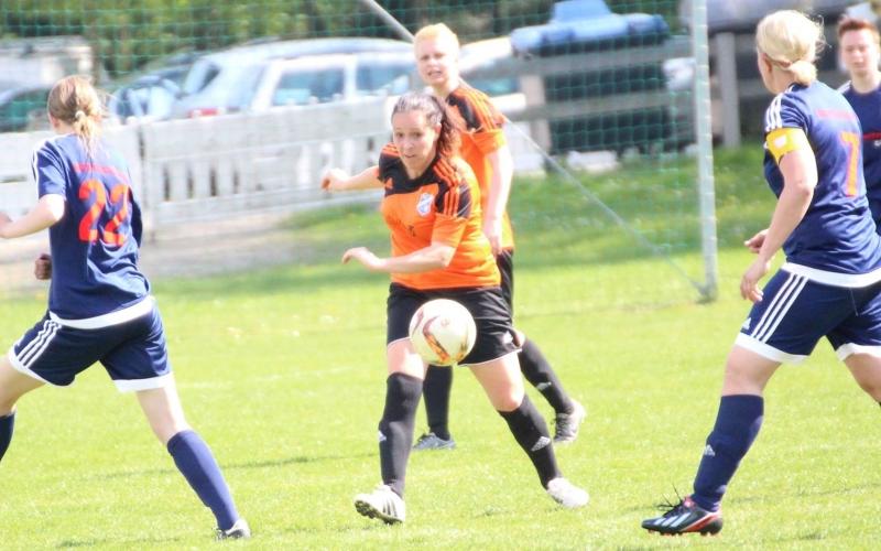 Hafen-Frauen vs RFC mit 3:0, 0:3