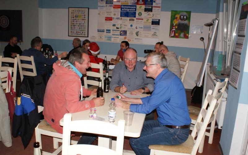 TT-Jahresversammlung und Weihnachtspreisskat